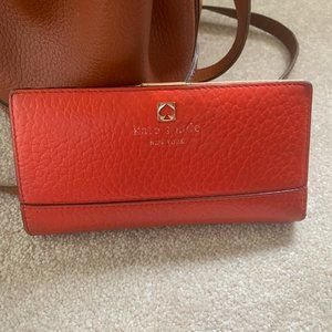 Kate Spade Pebbled Leather Bifold Wallet O…